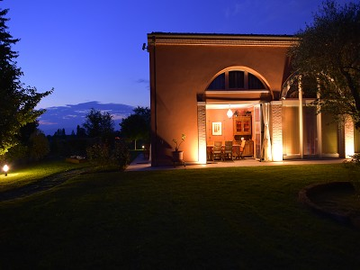 Image 10   A huge  villa with a lovely garden for sale  near Venice 170511