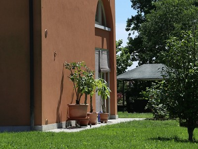 Image 12   A huge  villa with a lovely garden for sale  near Venice 170511