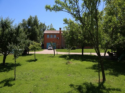 Image 3   A huge  villa with a lovely garden for sale  near Venice 170511