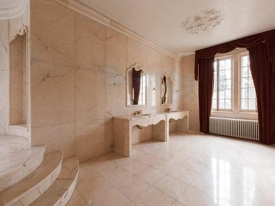 Image 18 | 7 bedroom French chateau for sale with 2,224m2 of land, Vaucresson, Haut de Seine , Paris-Ile-de-France 170523