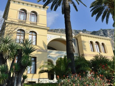 Boulevard de Garavan Villa For Sale