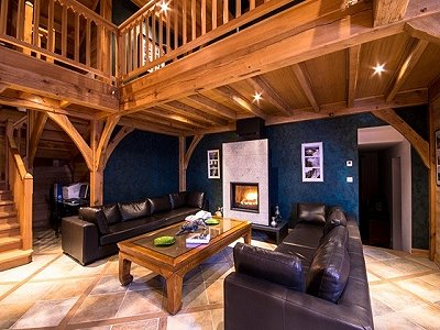 Image 4 | Magnificent Renovated Chalet with Boutique Hotel Potential 170739