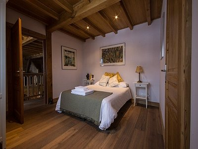 Image 8 | Magnificent Renovated Chalet with Boutique Hotel Potential 170739