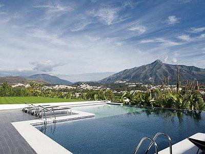 Image 2 | 6 bedroom villa for sale with 0.32 hectares of land, Nueva Andalucia, Malaga Costa del Sol, Andalucia 171191