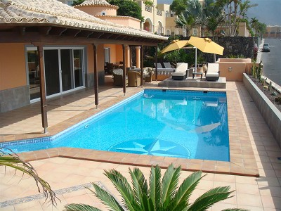 Image 2   4 bedroom villa for sale with 890m2 of land, La Caleta, Southern Tenerife, Tenerife 171223