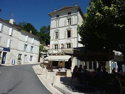 9 bedroom hotel for sale, Aubeterre sur Dronne, Charente, Poitou-Charentes