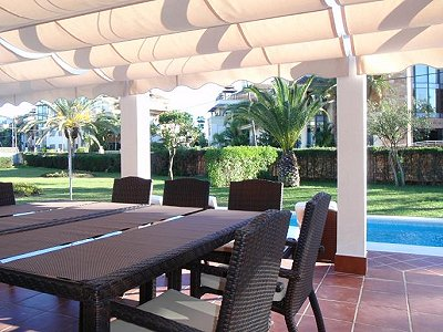 Image 10   3 bedroom villa for sale with 0.4 hectares of land, Puerto Banus, Malaga Costa del Sol, Andalucia 171324