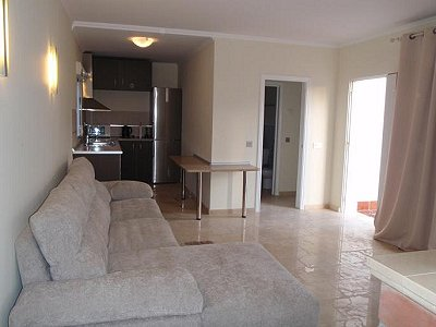 Image 11   3 bedroom villa for sale with 0.4 hectares of land, Puerto Banus, Malaga Costa del Sol, Andalucia 171324