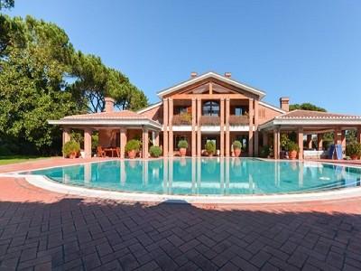 9 bedroom villa for sale, Rome, Lazio