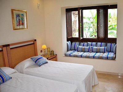 Image 5   5 bedroom penthouse for sale, Puerto Banus, Malaga Costa del Sol, Andalucia 171337