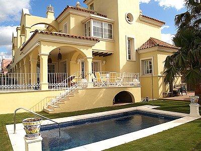 5 bedroom villa for sale, Puerto Banus, Malaga Costa del Sol, Andalucia