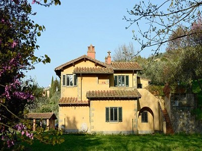 Image 2   5 bedroom villa for sale with 2 hectares of land, Montecatini Val di Cecina, Pisa, Tuscany 171474