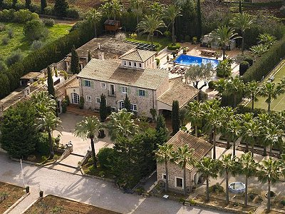 Fabulous estate of four properties for sale in Mallorca,set in parkland with pool.
