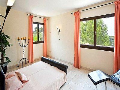 Image 10   5 bedroom villa for sale with 9,000m2 of land, Santa Maria del Cami, Central Mallorca, Mallorca 171663