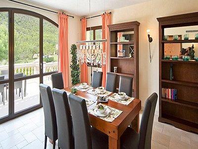 Image 8   5 bedroom villa for sale with 9,000m2 of land, Santa Maria del Cami, Central Mallorca, Mallorca 171663