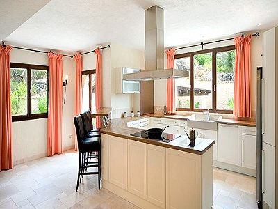 Image 9   5 bedroom villa for sale with 9,000m2 of land, Santa Maria del Cami, Central Mallorca, Mallorca 171663