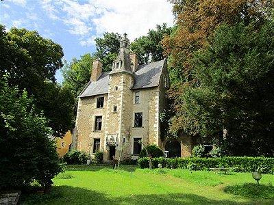 10 bedroom French chateau for sale, Chateau du Loir, Sarthe, Pays-de-la-Loire