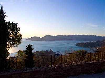 Image 3 | 4 bedroom villa for sale with 3,000m2 of land, Lerici, La Spezia, Liguria 172295