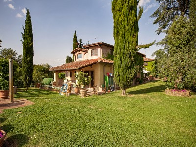 Image 11 | 17 bedroom manor house for sale with 26 hectares of land, Val d'Arno, Florence, Tuscany 172429