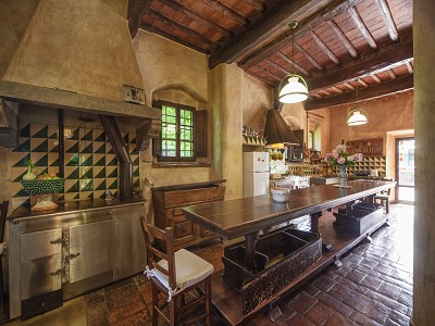 Image 23 | 17 bedroom manor house for sale with 26 hectares of land, Val d'Arno, Florence, Tuscany 172429