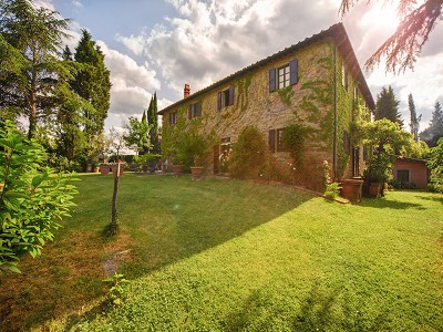 Image 8 | 17 bedroom manor house for sale with 26 hectares of land, Val d'Arno, Florence, Tuscany 172429