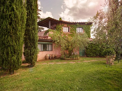 Image 9 | 17 bedroom manor house for sale with 26 hectares of land, Val d'Arno, Florence, Tuscany 172429