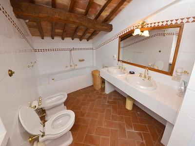 Image 17   5 bedroom farmhouse for sale with 33 hectares of land, Podere Campanile, Radda in Chianti, Siena, Chianti Wine Region 172438