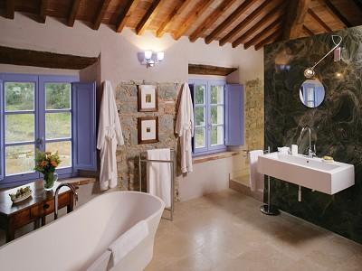 Image 17   4 bedroom farmhouse for sale, Siena, Chianti 172439
