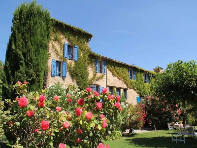 Exceptional historical property for sale in Provence