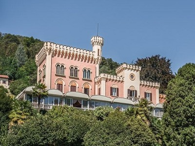 Luxury Castle - Villa for sale on Lake Maggiore