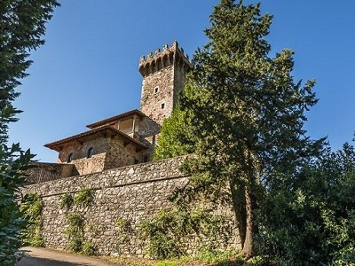 Image 4 | Luxury Castle for Sale with Vineyard in Tuscany 172662