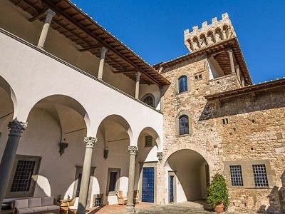 Image 8 | Luxury Castle for Sale with Vineyard in Tuscany 172662