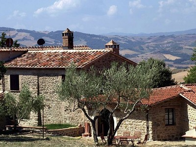 6 bedroom farmhouse for sale, Val d
