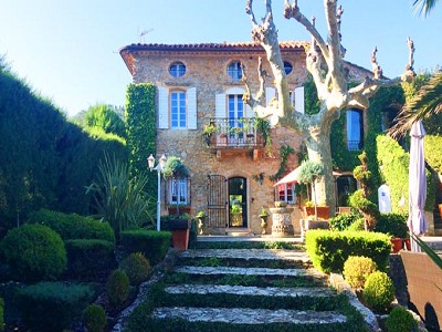 Image 4   6 bedroom manor house for sale with 0.33 hectares of land, Le Beausset, Var , Provence 172787