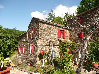 16th Century Farmhouse, 5 x B&B rooms plus 3 gites with154000m2 of land for sale in the Ales area of Languedoc-Roussillon