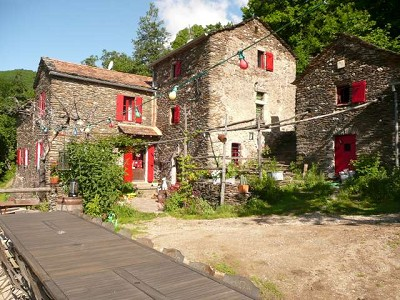 Image 5 | 16th Century Farmhouse, 5 x B&B rooms plus 3 gites with154000m2 of land for sale in the Ales area of Languedoc-Roussillon 172840