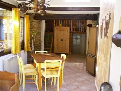 Image 9 | 16th Century Farmhouse, 5 x B&B rooms plus 3 gites with154000m2 of land for sale in the Ales area of Languedoc-Roussillon 172840