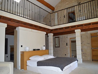 House france uzes 172959 prestige property group for Garage uzes gard