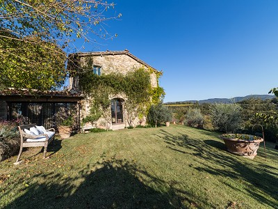 5 bedroom farmhouse for sale, Podere Campanile, Volpaia, Siena, Tuscany
