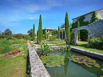 9 bedroom manor house for sale, Sivergues, Vaucluse, Luberon