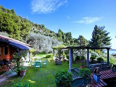 Image 11   4 bedroom villa for sale with 1,000m2 of land, Porto Santo Stefano, Grosseto, Tuscany 173413