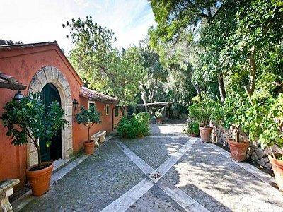Image 17   4 bedroom villa for sale with 1,000m2 of land, Porto Santo Stefano, Grosseto, Tuscany 173413