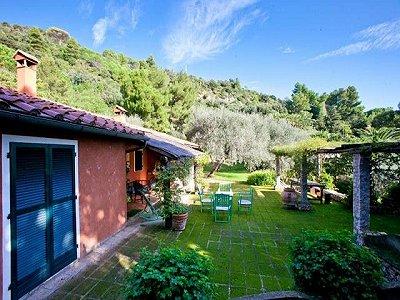 Image 19   4 bedroom villa for sale with 1,000m2 of land, Porto Santo Stefano, Grosseto, Tuscany 173413
