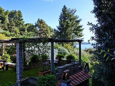 Image 7   4 bedroom villa for sale with 1,000m2 of land, Porto Santo Stefano, Grosseto, Tuscany 173413