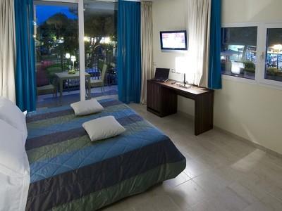 Image 16 | 48 bedroom hotel for sale with 900m2 of land, Rimini, Emilia-Romagna 173574