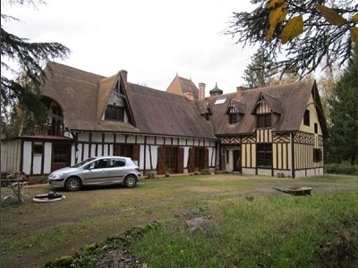 Image 2 | 3 bedroom manor house for sale with 40,000m2 of land, Le Lude, Sarthe , Loire Valley 173678