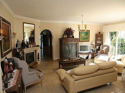 Image 5 | 6 bedroom villa for sale with 1,648m2 of land, San Pedro Playa, San Pedro de Alcantara, Malaga Costa del Sol, Andalucia 174172