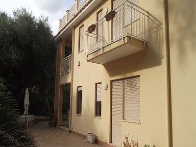 Image 4   8 bedroom villa for sale with 1,600m2 of land, Trabia, Palermo, Sicily 174261