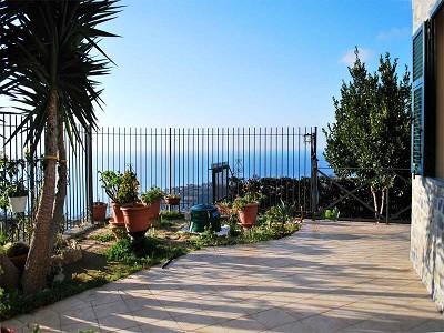 Image 7 | 3 bedroom villa for sale with 1,500m2 of land, Bordighera, Imperia, Liguria 174993