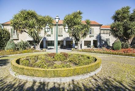 4 bedroom house for sale, Tabuadelo, Braga, Northern Portugal